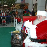 11-25 Santa Visits the Mall  019